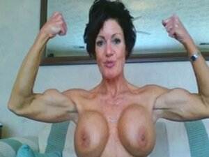 Berotot Berotot Berotot Yang Sudah Dewasa. Dewasa web cam wanita dengan otot dan besar payudara palsu